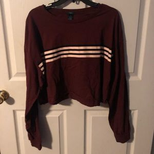 RUE 21 LONG SLEEVE CROPPED TEE!